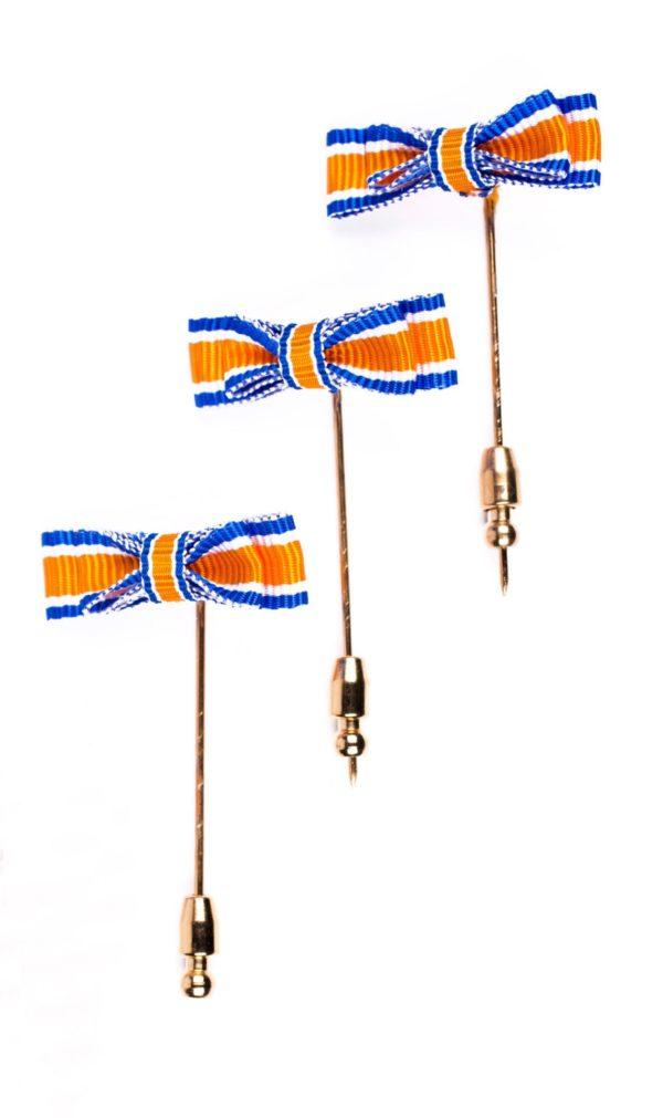 """3 draaginsignes Oranje-Nassau """"Lid"""" heer"""