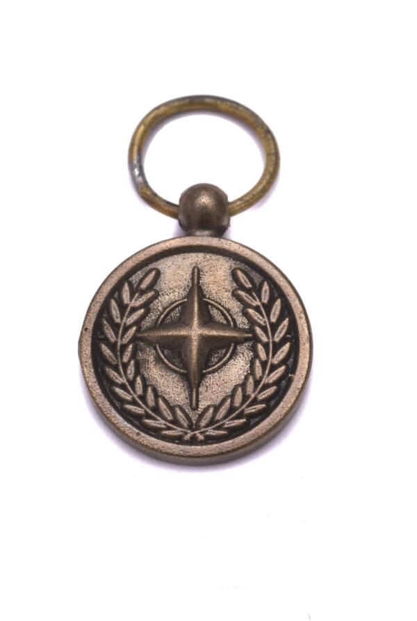 Miniatuur NATO medaille
